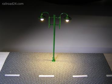 3x Street lighing green 2xLED 80mm